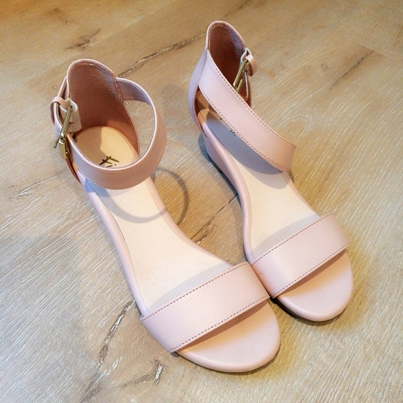 0a2e1da142c FIONI Clothing Shoes - ✨ Blush Pink Ankle Strap Low Wedges Heels